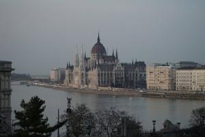 Parlament: a magyar politikai élet színtere
