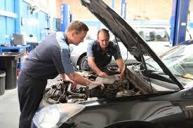Autó javítás a Citroen szervizben