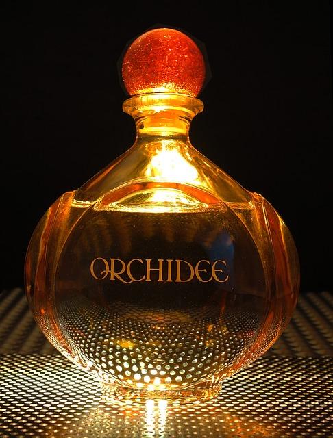 A Hugo Boss parfüm a megjelenés kiegészítője