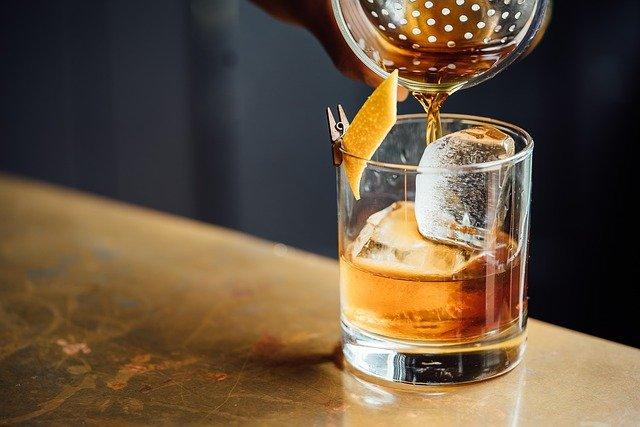Igazán csábító a whisky ár