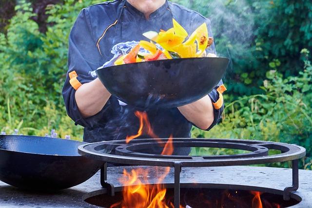 Az öntöttvas wok használatáról néhány szóban